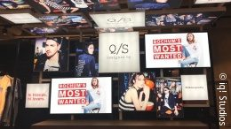 Photo: social wall at s.Oliver store in Bochum; copyright: iq! Studios