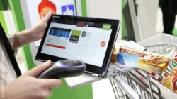 Photo: Self-scanning solution for purchasing with tablet; copyright: Messe Düsseldorf / ctillmann