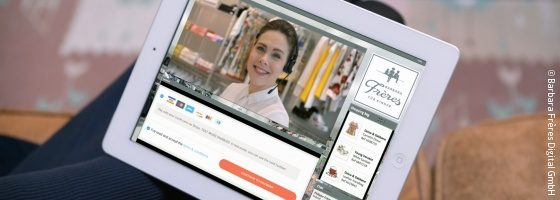 Photo: Tablet with a browser screenshot of the Live Shopping Assistant; Copyright: Barbara Frères Digital GmbH