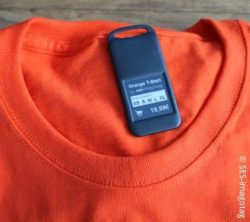 Photo: Fashion tag on a t-shirt; copyright: SES-imagotag